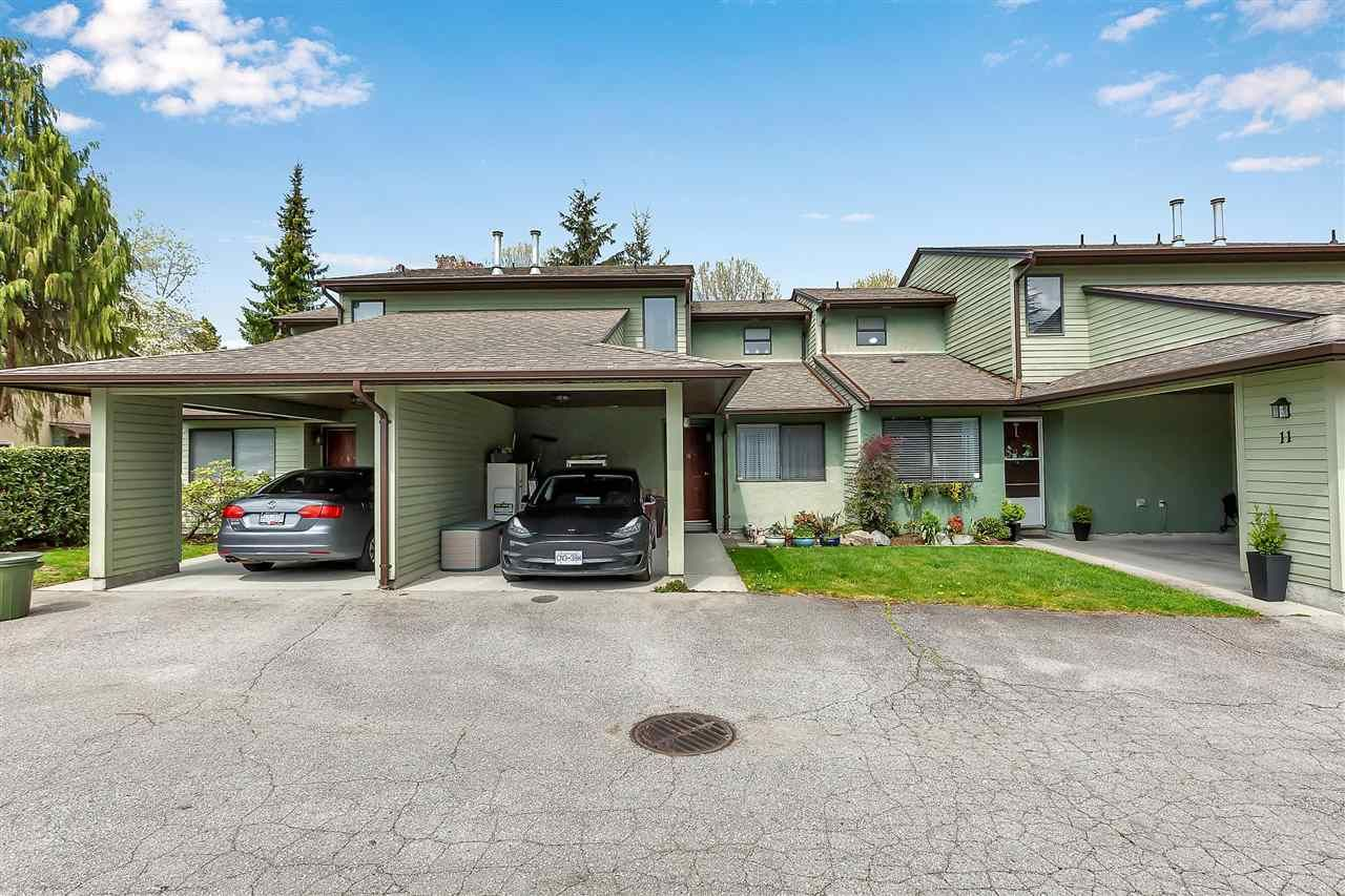 "Main Photo: 10 20681 THORNE Avenue in Maple Ridge: Southwest Maple Ridge Townhouse for sale in ""Thorneberry Gate"" : MLS®# R2572302"