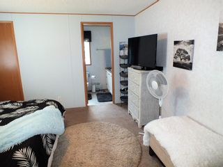 """Photo 15: 3 62010 FLOOD HOPE Road in Hope: Hope Silver Creek Manufactured Home for sale in """"WINDMILL MHP"""" : MLS®# R2600579"""