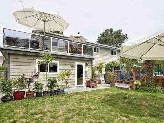 Photo 3: 4752 46 Avenue in Delta: Ladner Elementary House for sale (Ladner)  : MLS®# R2387579