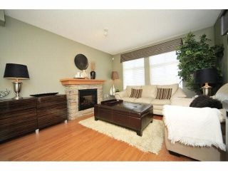 Photo 4: 18 16233 83 AVE in Surrey: Fleetwood Tynehead Townhouse for sale : MLS®# F1423283