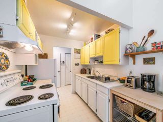 """Photo 5: 412 2333 TRIUMPH Street in Vancouver: Hastings Condo for sale in """"LANDMARK MONTEREY"""" (Vancouver East)  : MLS®# R2582065"""
