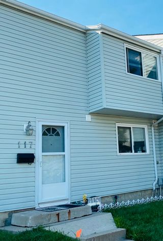 Photo 15: 117 Dickinsfield Court in Edmonton: Zone 02 Townhouse for sale : MLS®# E4245676
