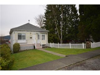 Photo 1: 2514 ST GEORGE Street in Port Moody: Port Moody Centre House for sale : MLS®# V994700