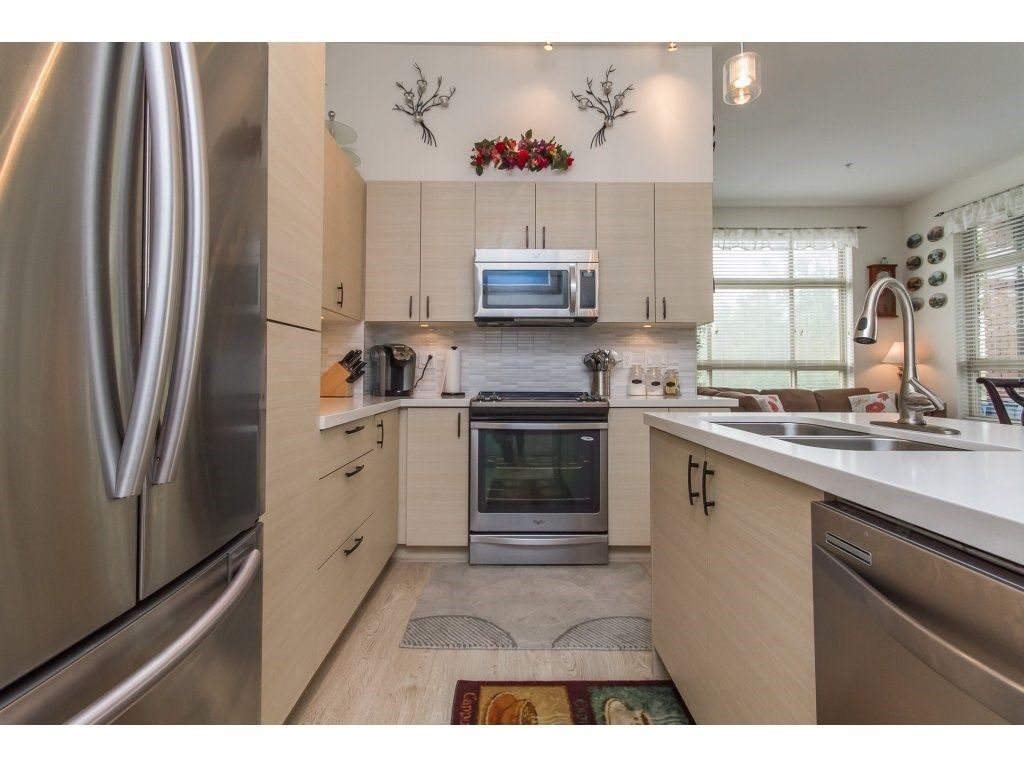 """Photo 4: Photos: 212 19201 66A Avenue in Surrey: Clayton Condo for sale in """"One92"""" (Cloverdale)  : MLS®# R2112521"""