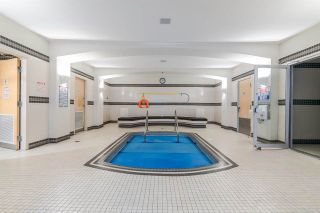 """Photo 13: 1705 969 RICHARDS Street in Vancouver: Downtown VW Condo for sale in """"Mondrian II"""" (Vancouver West)  : MLS®# R2344228"""
