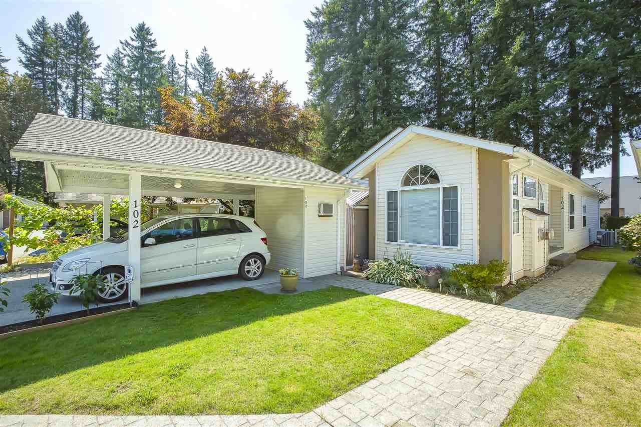 """Main Photo: 102 9080 198 Street in Langley: Walnut Grove Manufactured Home for sale in """"FOREST GREEN ESTATES"""" : MLS®# R2486756"""