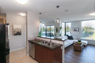 "Photo 3: 2101 15 E ROYAL Avenue in New Westminster: Fraserview NW Condo for sale in ""VICTORIA HILL"" : MLS®# R2226626"