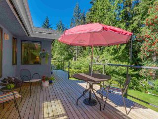 Photo 17: 974 BELVEDERE DRIVE in North Vancouver: Canyon Heights NV House for sale : MLS®# R2106348