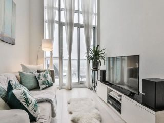 Photo 3: 5 Hanna Ave Unit #703 in Toronto: Niagara Condo for sale (Toronto C01)  : MLS®# C4098566
