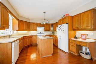 """Photo 17: 12428 63A Avenue in Surrey: Panorama Ridge House for sale in """"Boundary Park"""" : MLS®# R2577926"""