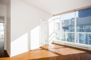 Photo 8: 1903 1189 MELVILLE STREET in Vancouver: Coal Harbour Condo for sale (Vancouver West)  : MLS®# R2354809