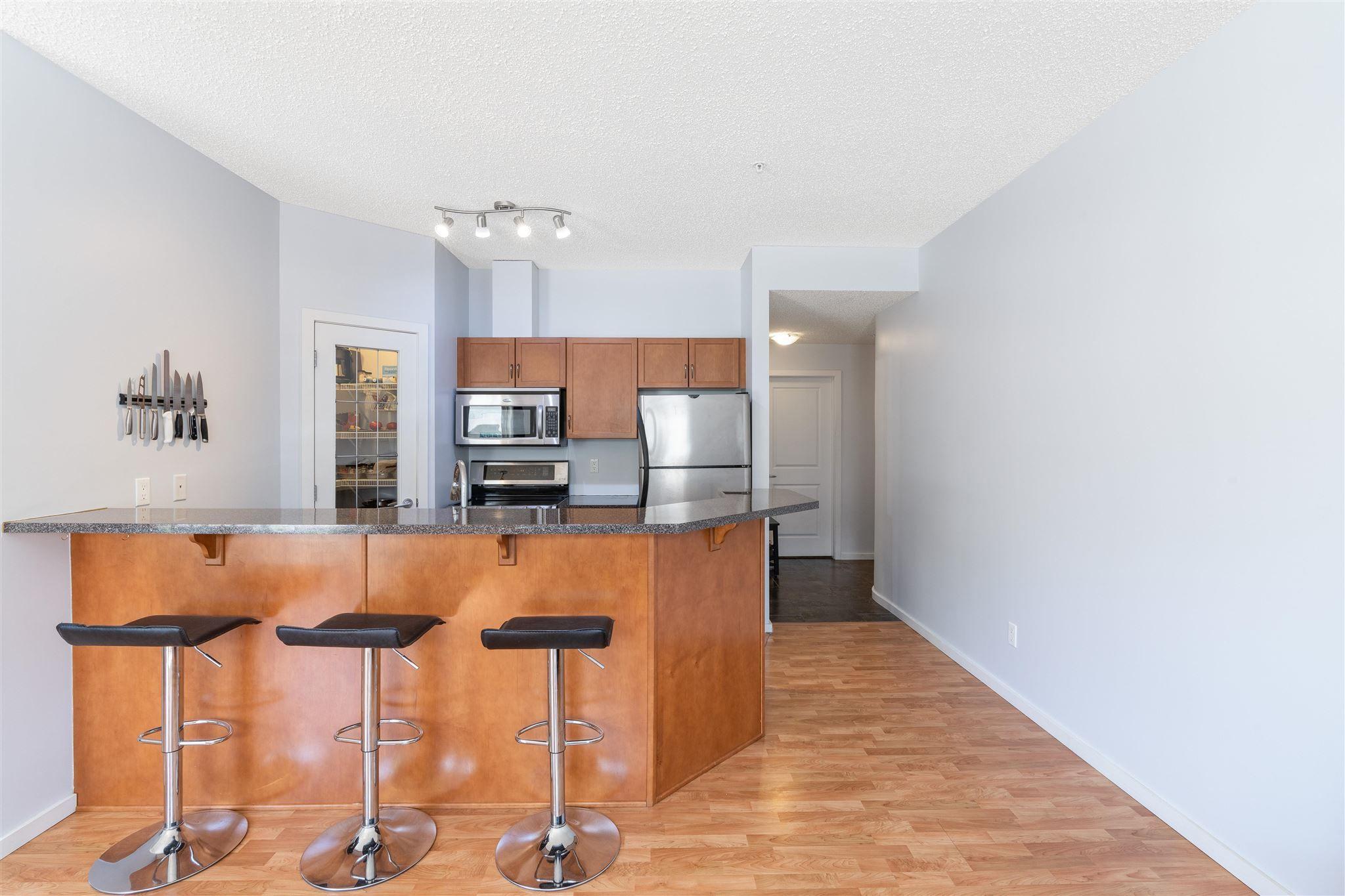 Main Photo: 107 9910 111 Street in Edmonton: Zone 12 Condo for sale : MLS®# E4250330