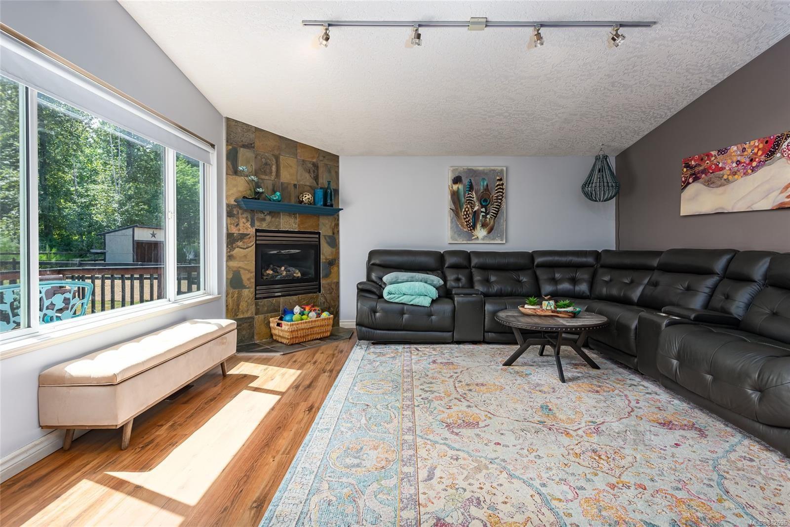 Photo 9: Photos: 3554 MacAulay Rd in : CV Merville Black Creek House for sale (Comox Valley)  : MLS®# 882696