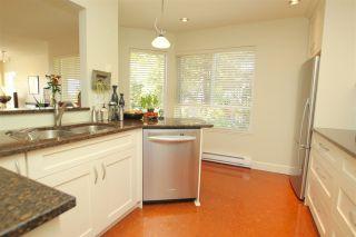 "Photo 5: 412 1215 LANSDOWNE Drive in Coquitlam: Upper Eagle Ridge Townhouse for sale in ""SUNRIDGE ESTATES"" : MLS®# R2126165"