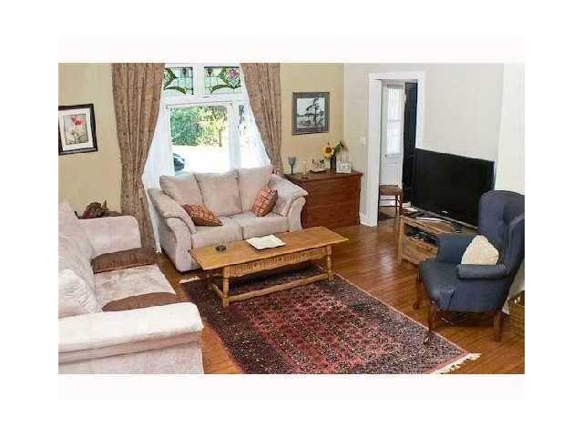 "Photo 2: Photos: 344 ALBERTA Street in New Westminster: Sapperton House  in ""SAPPERTON"" : MLS®# V864992"