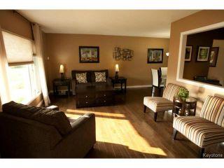 Photo 3: 27 Bramton Street in WINNIPEG: St Vital Residential for sale (South East Winnipeg)  : MLS®# 1418917