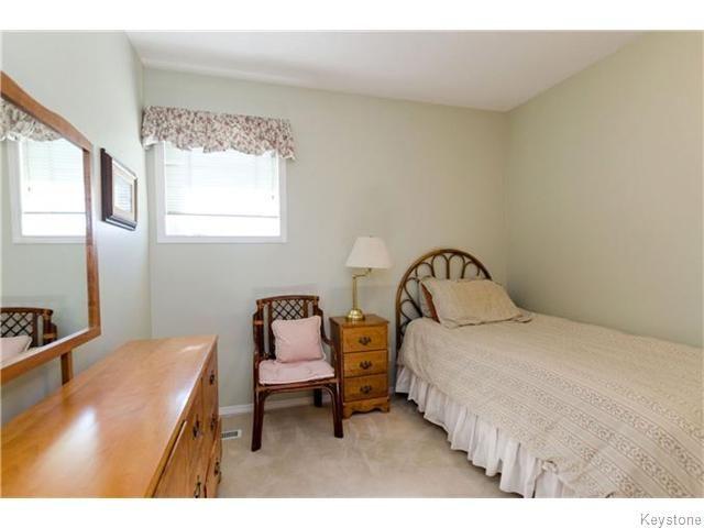 Photo 14: Photos: 650 Warde Avenue in Winnipeg: River Park South Condominium for sale (2F)  : MLS®# 1622113
