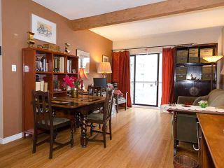 """Photo 3: 408 1655 NELSON Street in Vancouver: West End VW Condo for sale in """"HEMPSTEAD MANOR"""" (Vancouver West)  : MLS®# V944845"""