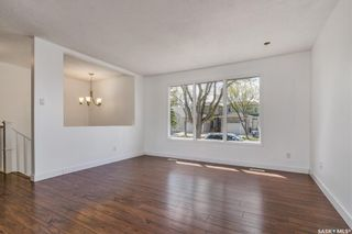Photo 5: 128 108th Street in Saskatoon: Sutherland Residential for sale : MLS®# SK855336