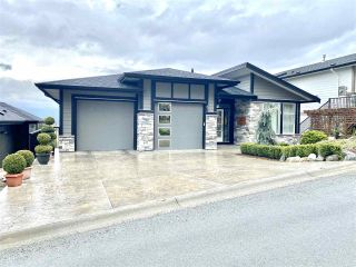 "Main Photo: 42 50778 LEDGESTONE Place in Chilliwack: Eastern Hillsides House for sale in ""SUNRIDGE"" : MLS®# R2559113"