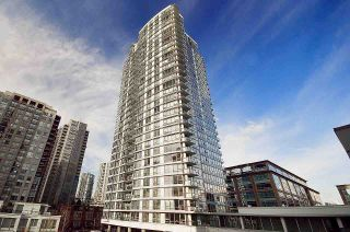 "Photo 1: 3205 928 BEATTY Street in Vancouver: Yaletown Condo for sale in ""The Max"" (Vancouver West)  : MLS®# R2244754"