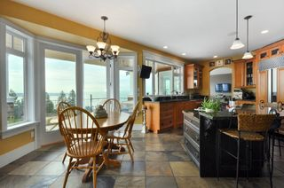 Photo 3: 2340 Orchard Lane in West Vancouver: Queens House for sale