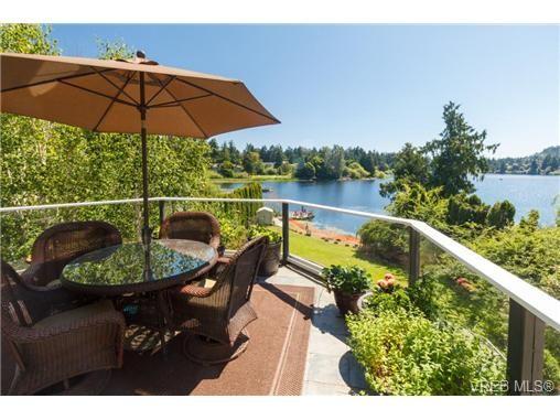 Main Photo: 1190 Waterlily Lane in VICTORIA: La Glen Lake House for sale (Langford)  : MLS®# 704376