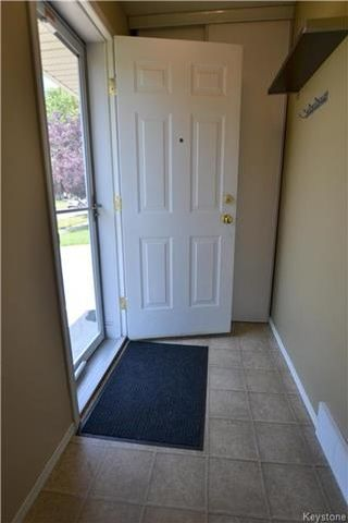Photo 7: 557 Whytewold Road in Winnipeg: Jameswood Residential for sale (5F)  : MLS®# 1719696
