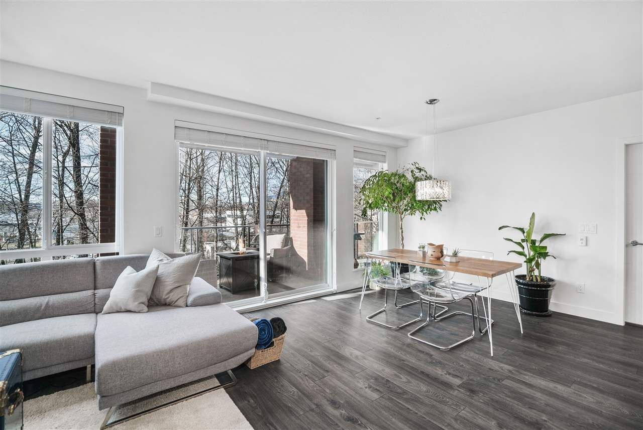 Photo 4: Photos: 326 723 W 3RD STREET in North Vancouver: Harbourside Condo for sale : MLS®# R2434964