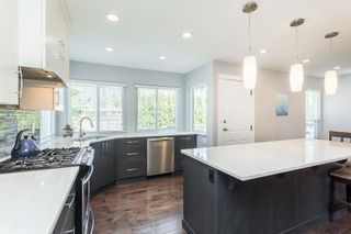 """Photo 8: 35441 CALGARY Avenue in Abbotsford: Abbotsford East House for sale in """"SANDY HILL"""" : MLS®# R2595904"""