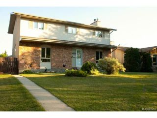 Photo 1: 46 Dells Crescent in WINNIPEG: St Vital Residential for sale (South East Winnipeg)  : MLS®# 1318266