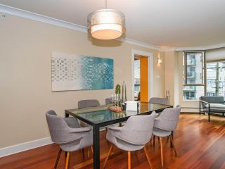 "Photo 4: 403 2108 W 38TH Avenue in Vancouver: Kerrisdale Condo for sale in ""The Wilshire"" (Vancouver West)  : MLS®# R2355468"