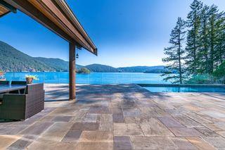 Photo 9: 5772 SUNSHINE FALLS Lane in North Vancouver: Woodlands-Sunshine-Cascade House for sale : MLS®# R2613401