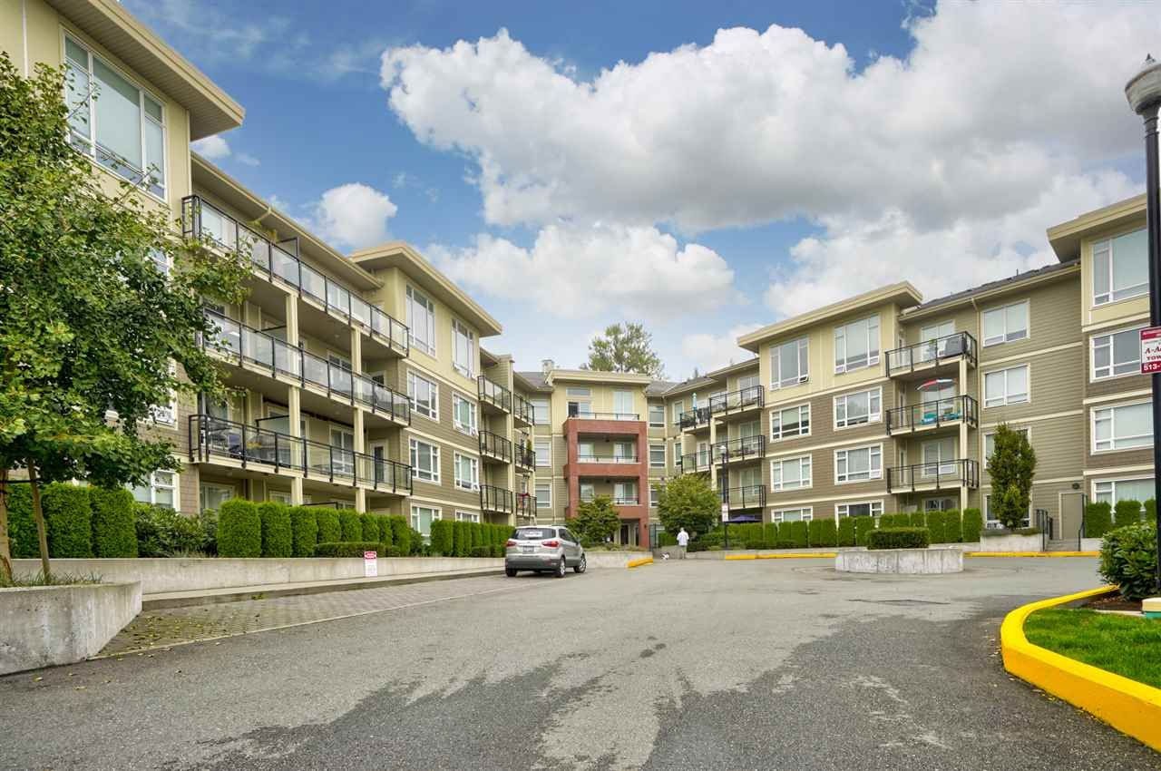 Main Photo: C214 20211 66 Avenue in Langley: Willoughby Heights Condo for sale : MLS®# R2498961