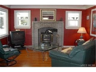 Photo 3: 2860 Peatt Rd in VICTORIA: La Langford Proper House for sale (Langford)  : MLS®# 341758