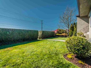 Photo 3: 227 E EIGHTH AVENUE in New Westminster: The Heights NW House for sale : MLS®# R2568928