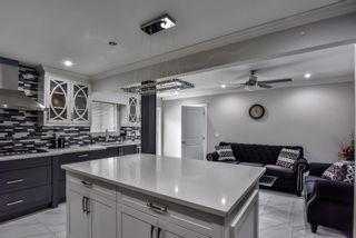 Photo 7: 5943 135 Street in Surrey: Panorama Ridge House for sale : MLS®# R2475490