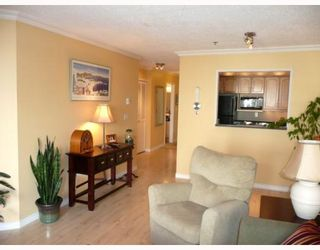 """Photo 7: 203 910 W 8TH Avenue in Vancouver: Fairview VW Condo for sale in """"THE RHAPSODY"""" (Vancouver West)  : MLS®# V765056"""