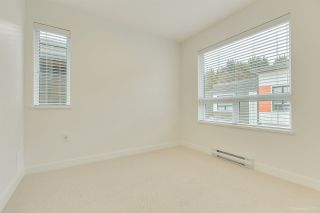 """Photo 18: 104 3021 ST GEORGE Street in Port Moody: Port Moody Centre Townhouse for sale in """"GEORGE"""" : MLS®# R2474134"""