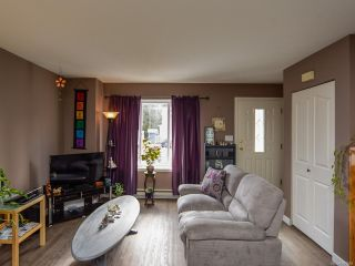 Photo 4: B 2321 Embleton Cres in COURTENAY: CV Courtenay City Half Duplex for sale (Comox Valley)  : MLS®# 807964