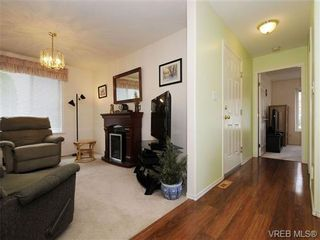 Photo 18: 82 Wolf Lane in VICTORIA: VR Glentana Manufactured Home for sale (View Royal)  : MLS®# 700173