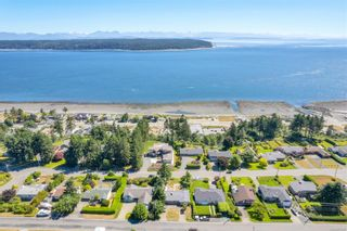 Photo 4: 866 Ash St in Campbell River: CR Campbell River Central House for sale : MLS®# 879836