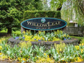 """Photo 20: 9502 WILLOWLEAF Place in Burnaby: Forest Hills BN Townhouse for sale in """"Willowleaf"""" (Burnaby North)  : MLS®# R2588078"""