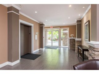 """Photo 5: 311 2068 SANDALWOOD Crescent in Abbotsford: Central Abbotsford Condo for sale in """"The Sterling"""" : MLS®# R2591010"""