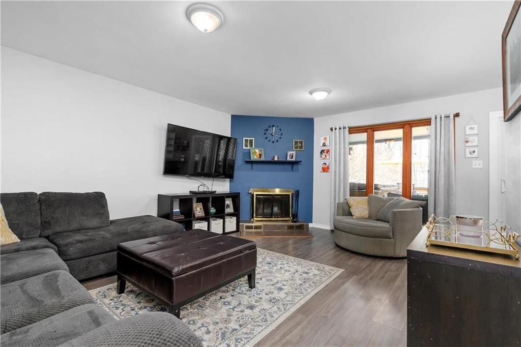 Photo 7: Photos: 145 Woodlawn Avenue in Winnipeg: Residential for sale (2C)  : MLS®# 202110539