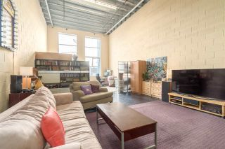 """Photo 11: 212 1220 E PENDER Street in Vancouver: Mount Pleasant VE Condo for sale in """"THE WORKSHOP"""" (Vancouver East)  : MLS®# R2053903"""