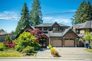 Photo 1: 673 SYLVAN Avenue in North Vancouver: Canyon Heights NV House for sale : MLS®# R2594723