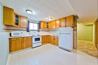 Photo 10: 539 HUNTERPLAIN Hill NW in Calgary: Huntington Hills Detached for sale : MLS®# A1024979