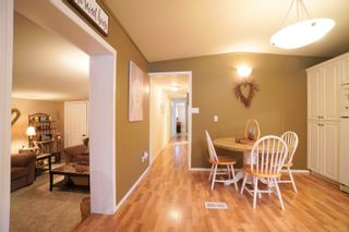 Photo 8: 7 King Crescent in Portage la Prairie RM: House for sale : MLS®# 202121912