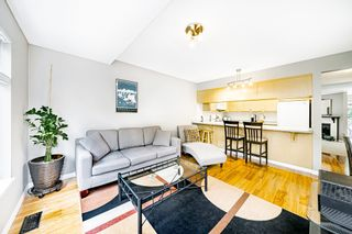 """Photo 12: 8834 LARKFIELD Drive in Burnaby: Forest Hills BN Townhouse for sale in """"Primrose Hill"""" (Burnaby North)  : MLS®# R2498974"""